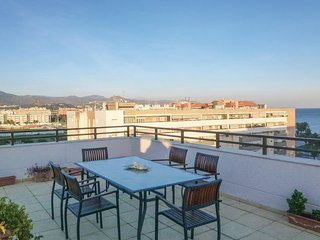 Awesome home in Málaga w/ WiFi, Outdoor swimming pool and 3 Bedrooms