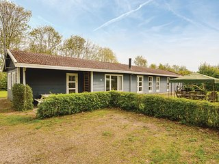 Awesome home in Vig w/ Sauna, WiFi and 4 Bedrooms