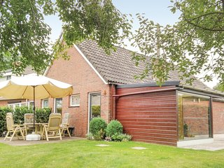 Awesome home in Weiteveen w/ WiFi and 3 Bedrooms