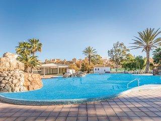 Nice home in Roquetas de Mar with 1 Bedrooms (EAM065)