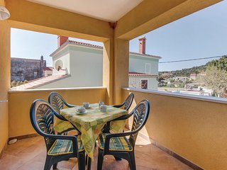 Stunning home in Martinscica w/ WiFi and 2 Bedrooms