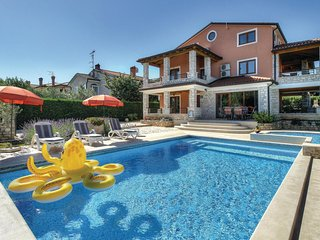 Nice home in Buje w/ WiFi and 4 Bedrooms