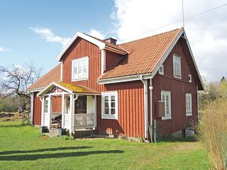Stunning home in Almhult w/ 3 Bedrooms and WiFi