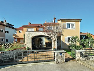 Beautiful home in Umag w/ WiFi and 2 Bedrooms