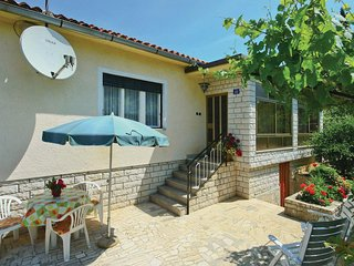 Beautiful home in Savudrija w/ 1 Bedrooms