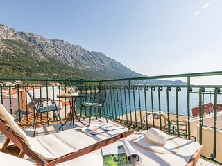 Amazing home in Podgora w/ WiFi and 2 Bedrooms