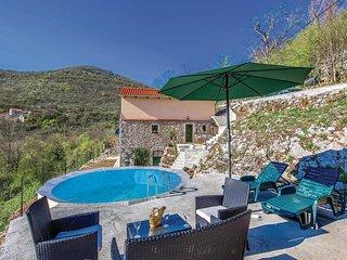 Amazing home in Gornji Zagon w/ WiFi and 2 Bedrooms (CKN460)