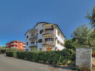 Nice home in Zambratija w/ WiFi and 2 Bedrooms (CIU599)