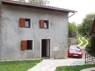 Nice home in Novi Vinodolski w/ 2 Bedrooms