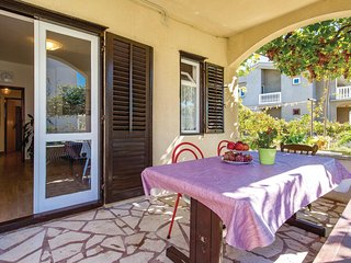 Nice home in Pag w/ WiFi and 2 Bedrooms