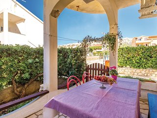 Amazing home in Pag w/ WiFi and 2 Bedrooms