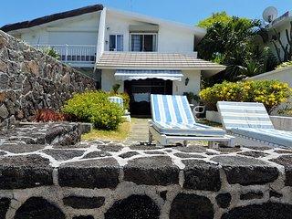 Beach House Grand Bay - Beachfront