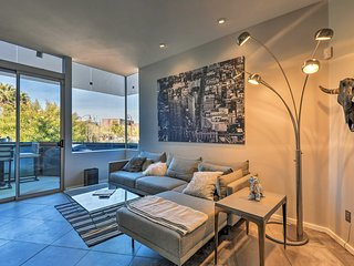 Chic Upscale Condo w/ Deck in Old Town Scottsdale!