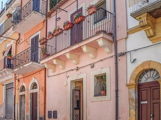 Awesome home in Ragusa RG w/ WiFi and 2 Bedrooms