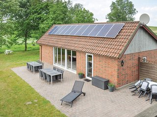 Nice home in Faaborg w/ Sauna and 4 Bedrooms (G52667)