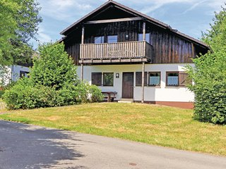 Stunning home in Thalfang w/ 2 Bedrooms and WiFi (DHU207)