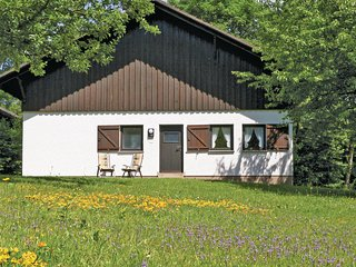 Nice home in Thalfang w/ 2 Bedrooms and WiFi