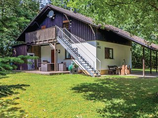 Amazing home in Thalfang w/ 2 Bedrooms (DHU204)