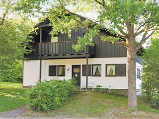 Nice home in Thalfang w/ 2 Bedrooms and WiFi (DHU203)
