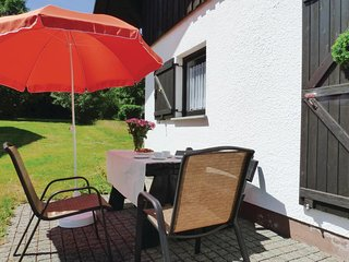 Nice home in Thalfang w/ 2 Bedrooms (DHU225)
