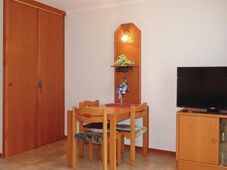 Beautiful home in Thalfang w/ 1 Bedrooms (DHU256)