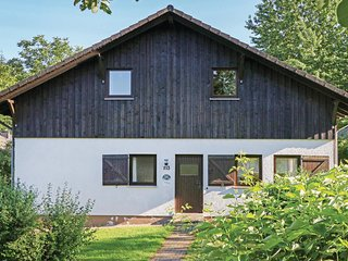 Beautiful home in Thalfang w/ 4 Bedrooms (DHU232)