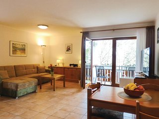 Nice home in Thalfang w/ 1 Bedrooms (DHU250)