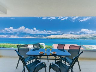 Awesome home in Pag w/ WiFi and 2 Bedrooms