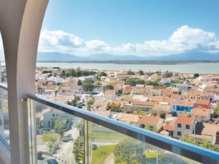 Awesome home in Canet en Roussillon w/ 3 Bedrooms