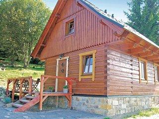 Amazing home in Litvinov w/ 2 Bedrooms