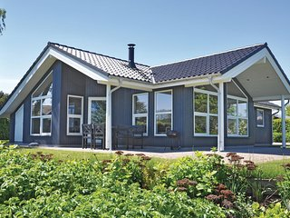 Amazing home in Augustenborg w/ Sauna and 3 Bedrooms