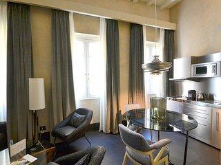 Oltrarno Villa Sleeps 3 with Air Con and WiFi - 5777750