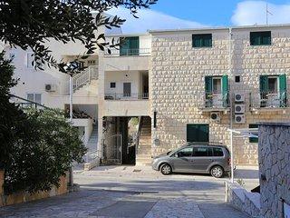 Two bedroom apartment Puharici (Makarska) (A-15763-b)