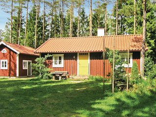 Beautiful home in Hallaryd w/ 2 Bedrooms