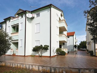 Awesome home in Srima w/ WiFi and 2 Bedrooms
