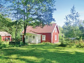 Beautiful home in Högsby w/ 2 Bedrooms (S05142)