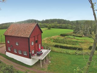 Stunning home in Gränna w/ WiFi and 4 Bedrooms