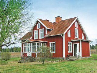Beautiful home in Mariannelund w/ 4 Bedrooms
