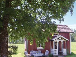 Nice home in Hestra w/ 2 Bedrooms