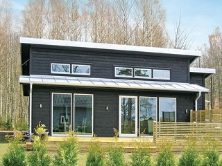 Stunning home in Ljungby w/ 4 Bedrooms