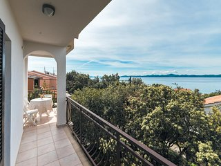 Amazing home in Kozino w/ WiFi and 2 Bedrooms