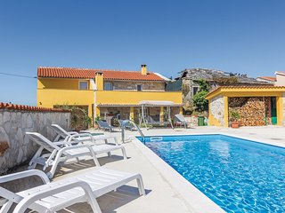 Awesome home in Sv. Petar u Sumi w/ WiFi and 4 Bedrooms