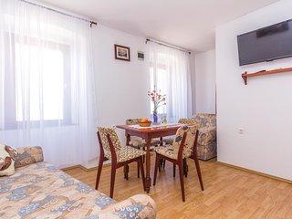 Beautiful home in Vodnjan w/ 1 Bedrooms