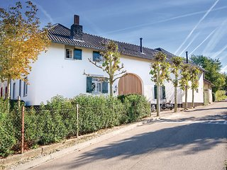 Beautiful home in Valkenburg w/ Sauna, WiFi and 2 Bedrooms