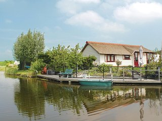 Beautiful home in Sint-Annaland w/ WiFi and 2 Bedrooms (HZE063)