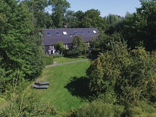 Beautiful home in Groede w/ WiFi and 2 Bedrooms