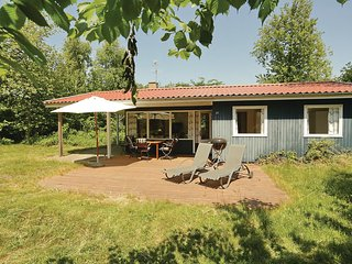 Nice home in Aakirkeby w/ WiFi and 3 Bedrooms
