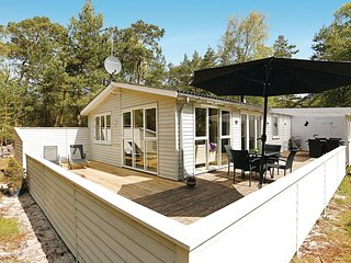 Amazing home in Nexø w/ 2 Bedrooms and WiFi (I51908)