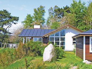 Beautiful home in Rønne w/ Sauna, WiFi and 4 Bedrooms (I54415)