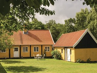 Nice home in Allinge w/ WiFi and 3 Bedrooms